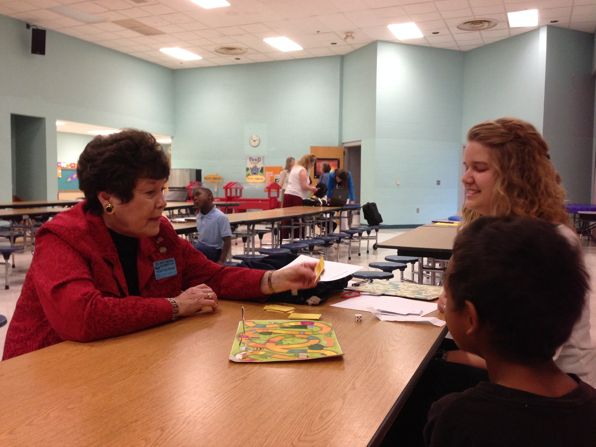 Representative Ann Coody visits Reading Diagnosis class at Pat Henry Elementary.